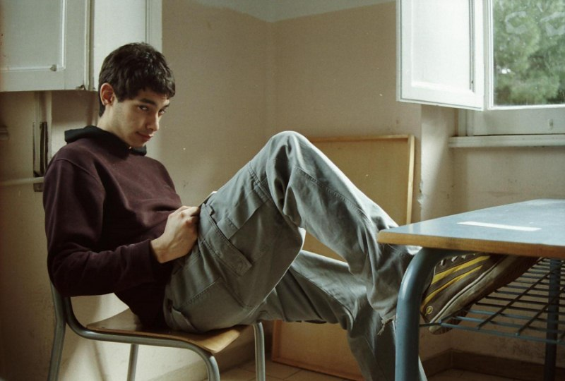adolescente-que-ni-estudia-ni-trabaja