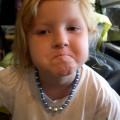 Niño que dice palabrotas