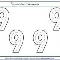 Fichas para escribir números, el nueve en tamaño muy grande