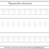 Fichas para escribir números, el nueve en tamaño medio con puntitos