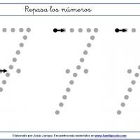 Fichas para escribir números, el siete en tamaño medio con puntitos