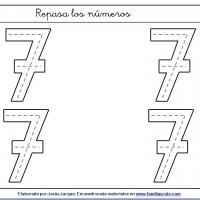 Fichas para escribir números, el siete en tamaño grande